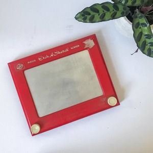 Vintage The World of Toys Red Etch A Sketch Toy